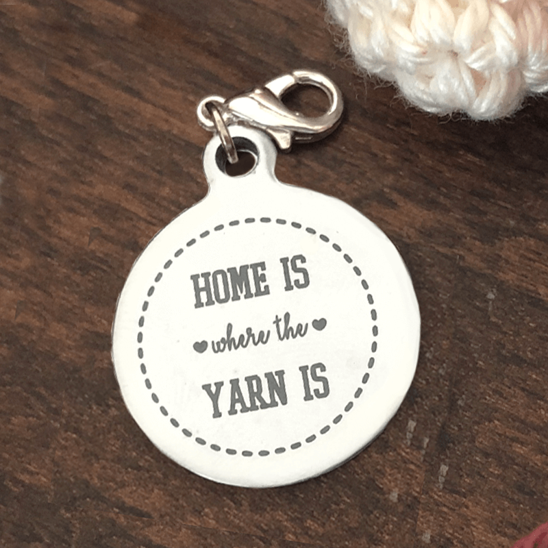 home is wehere the yarn is steekmarkeerder productafbeelding.png